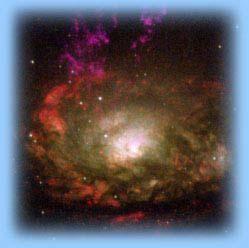 Au centre des galaxies, on suppose la présence de trous noirs colossaux.